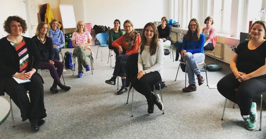 Elena Guggiari (M.) sprach über Young Carers